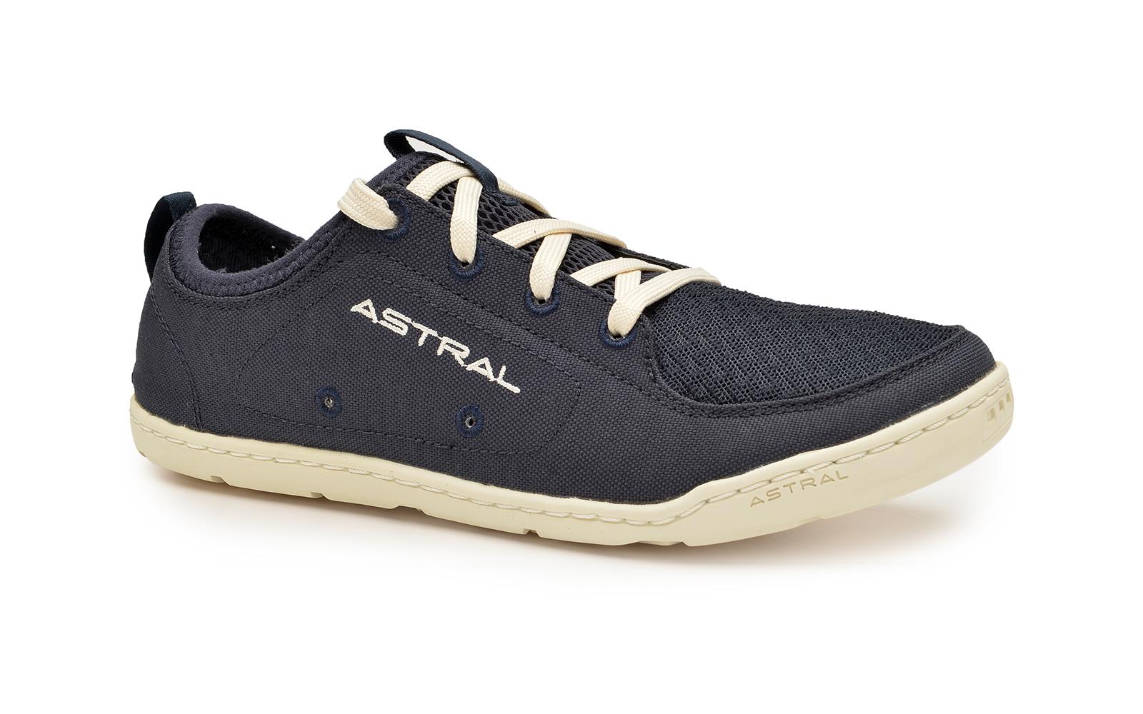 ASTRAL_Loyak_Ws_Navy_White_34_web
